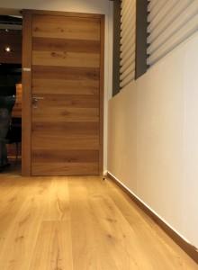 Wandbündige Türen und wandbündige Sockelleisten - Holz-Schröer