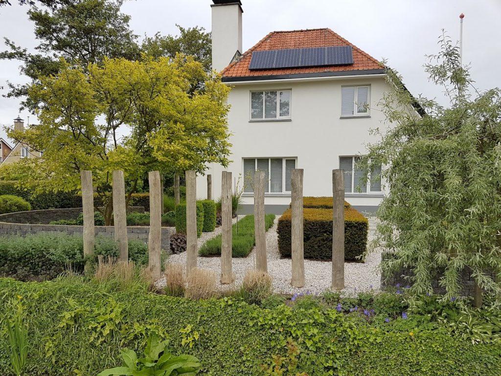 Palisaden als Kunstform bei der Grundstücks- und Gartengestaltung